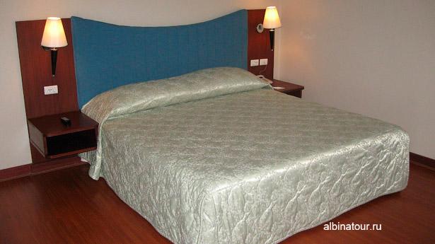 Бангкок отель Baiyoke Suite спальняя комната