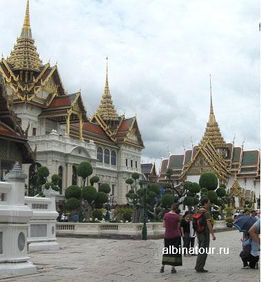 Бангкок Пхра Тхинанг Чакри Маха Праса