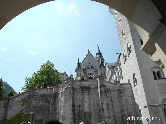 Германия подниматься не легко замок Нойшванштайн