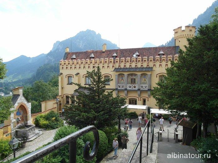 Место ожидания начало экскурсии по замку Хоэншвангау