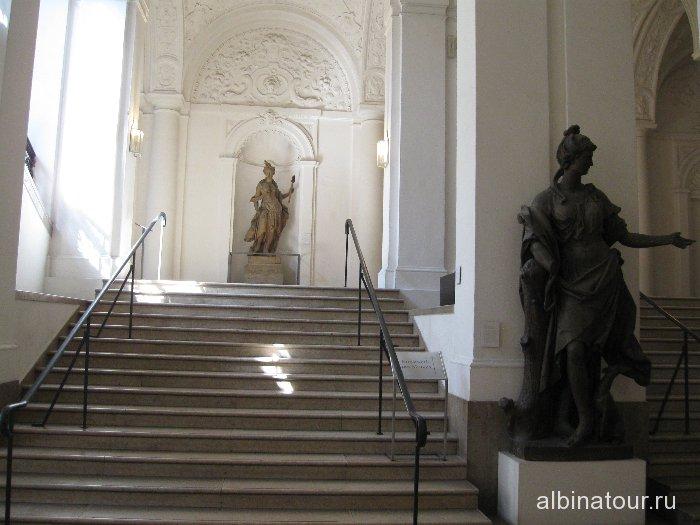 Германия лестница в Баварском национальном музеи Мюнхен