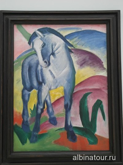 Германия картина Синий конь в галерее в доме Ленбаха