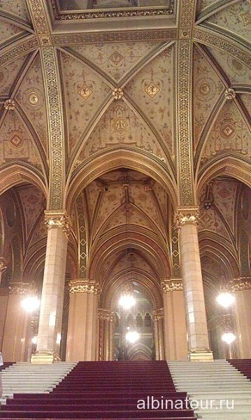 Будапешт Интерьер Венгерского парламента 1
