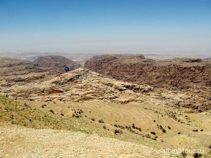 Иордания где то там город Петра