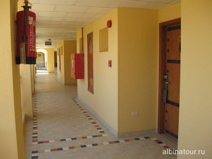 Египет   Таба коридор перед номером  в отеле  Софитель 13
