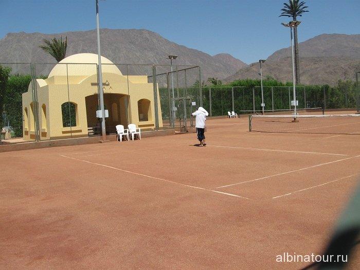 Египет   Таба   отель  Софитель тенисный корт