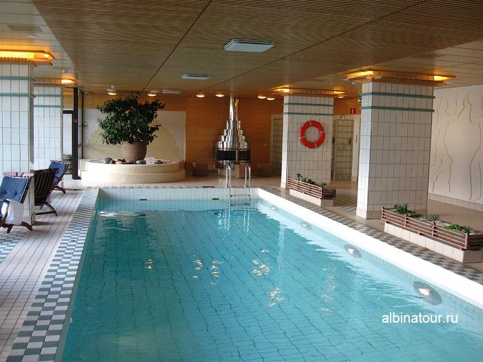 Финляндия Хельсинки отель Хилтон  бассейн 2