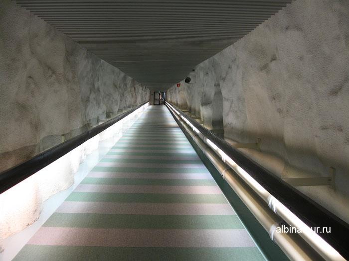 Финляндия Хельсинки отель Хилтон  коридор к сауне