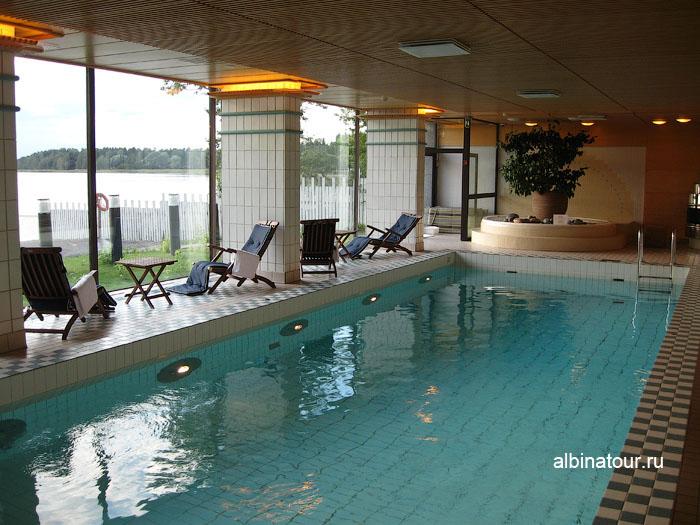 Финляндия Хельсинки отель Хилтон  бассейн
