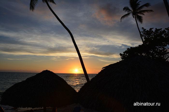 Доминикана отель Canoa на пляже заход солнца 2