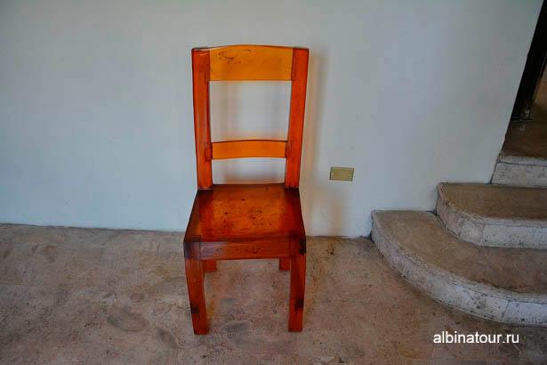 музей янтаря стул