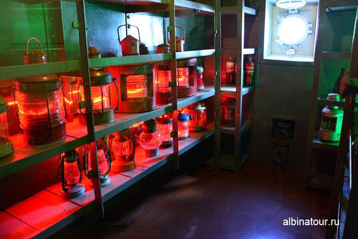 Калининград музей мирового океана судно Витязь фонарная комната
