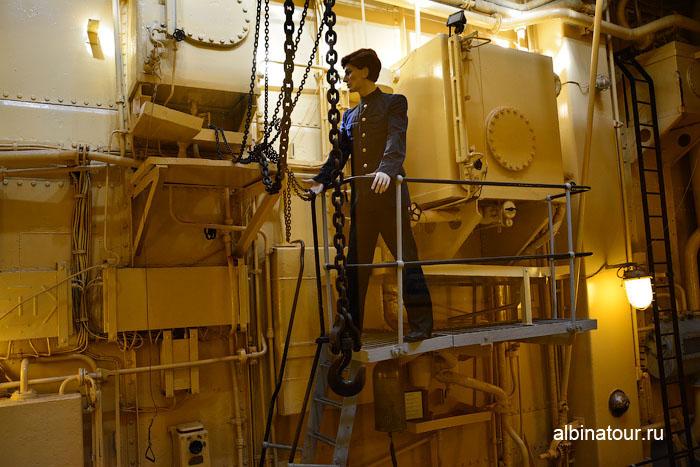 Калининград музей мирового океана судно Витязь машинное отделение