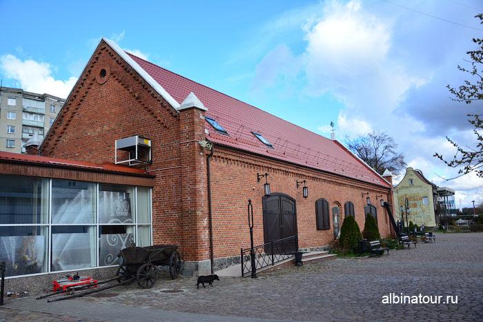 Калининград музей мирового океана Выставочный корпус Пакгауз