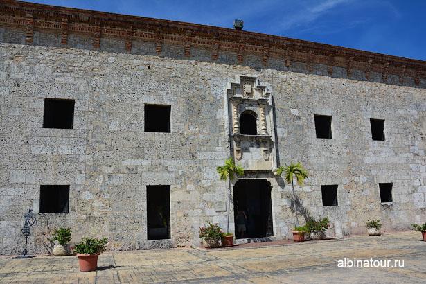 Доминикана Санто-Доминго музей Касас-Реалес