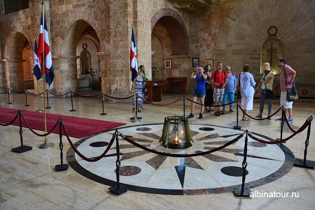 Доминикана Санто Доминго Национальный Пантеон 2