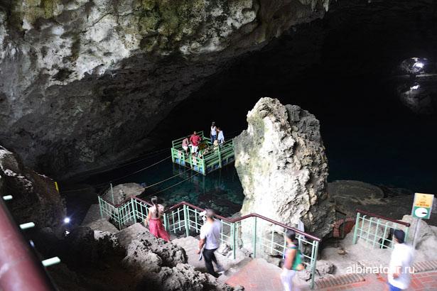 Доминикана Санто Доминго пещеры три глаза паром