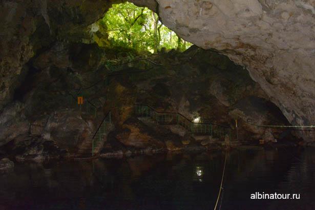 Санто Доминго пещеры три глаза берег второго озера