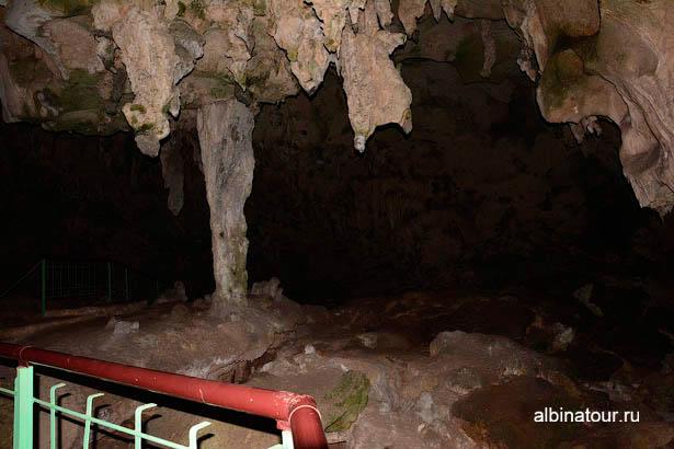Санто Доминго пещеры три глаза сталактиты сталагмиты