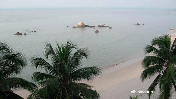 Вид из отеля Tanjung Bungah Beach Resort