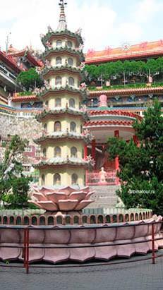 Пенанг kek-lok-si фонтан