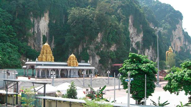 Малайзия пещеры Бату / Batu Caves