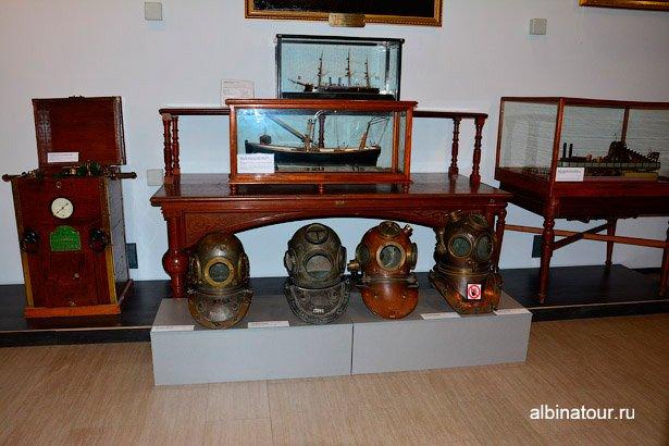 Экспонат акваланг Военно-морской музей