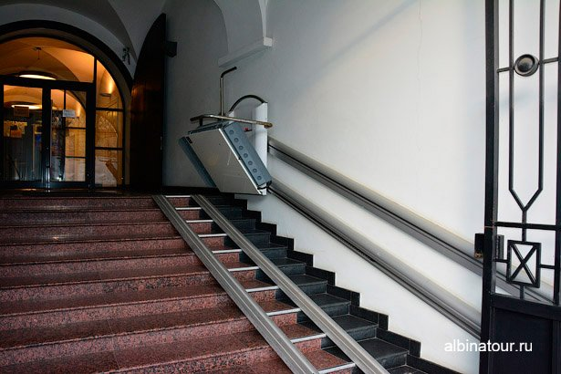 Подъёмник для инвалидов Военно-морской музей