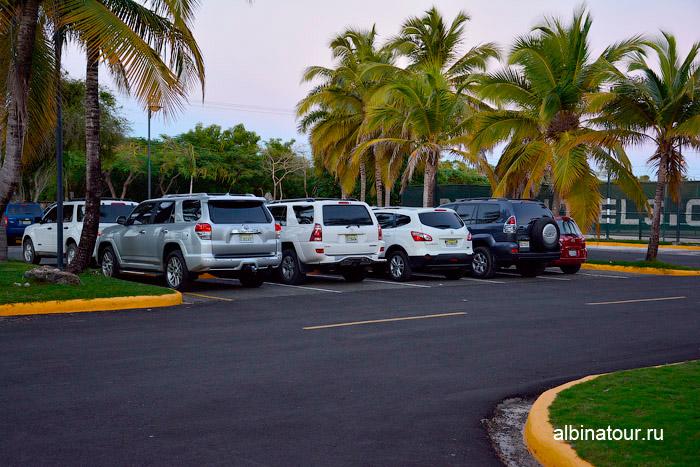 Парковка отеля Be Live Collection Canoa