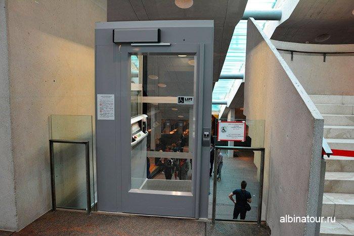 Главный штаб Санкт Петербург лифт из гардероба