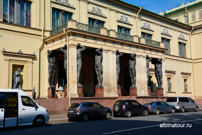 Атланты Эрмитаж Петербург фото