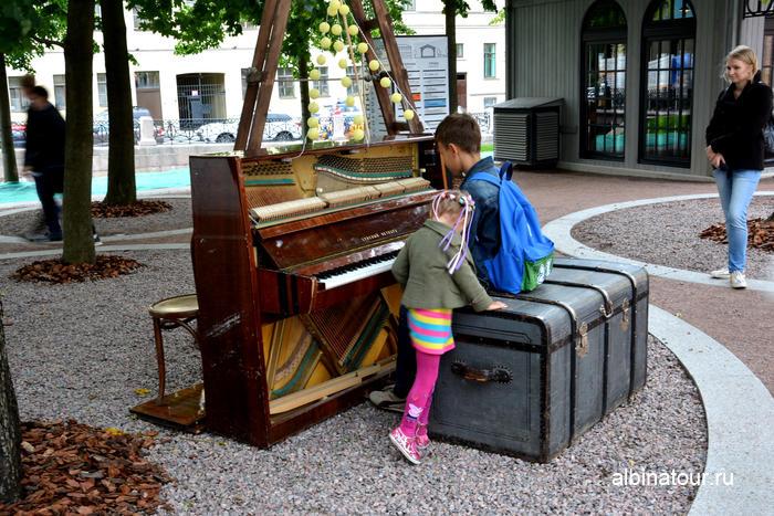 Новая Голландия Санкт Петербург пианино под открытом небом фото