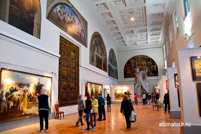 Рафаэлевский зал музей Академии художеств в СПб
