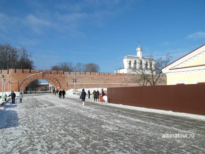 Великий Новгород ворота в Кремлёвской стене фото