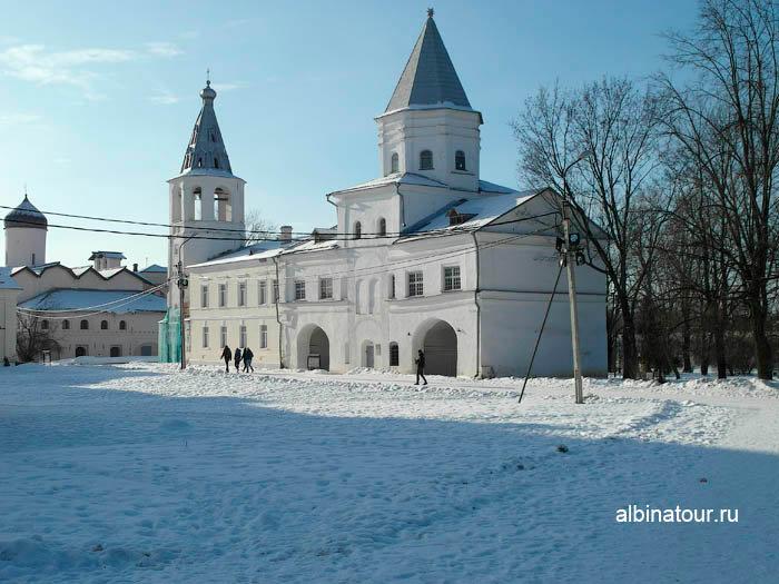 Фото Воротная башня в Ярославово городище и торге в Великом Новгороде