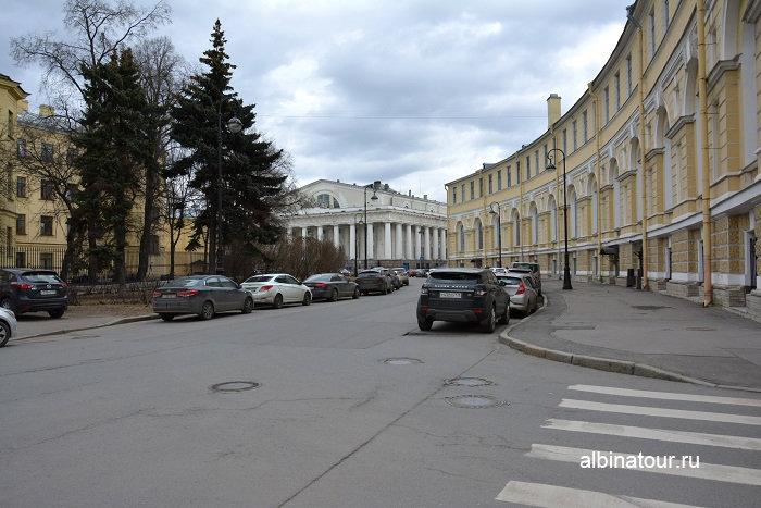 Фото парковка на Биржевом проезде в Санкт Петербурге