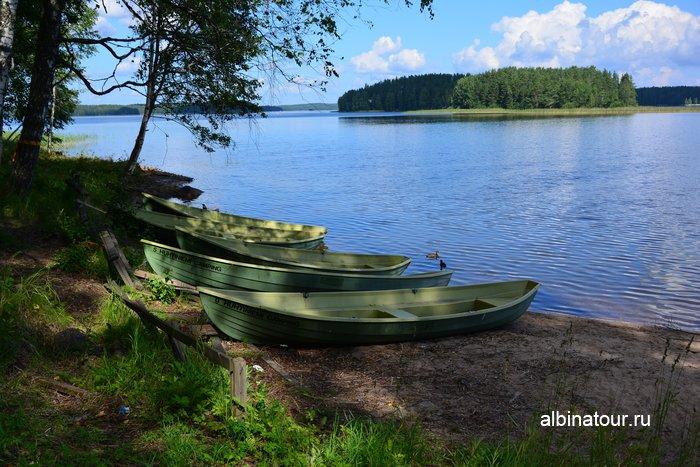 Фото лодки на прока на озере Сайма Лаппеенранта в кемпинге Хухтинием | Huhtiniemi camping