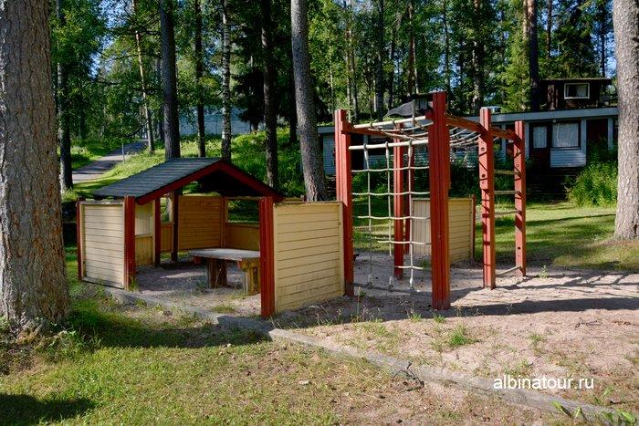 Фото детский городок в кемпинге Хухтинием | Huhtiniemi camping в Лаппеенранте