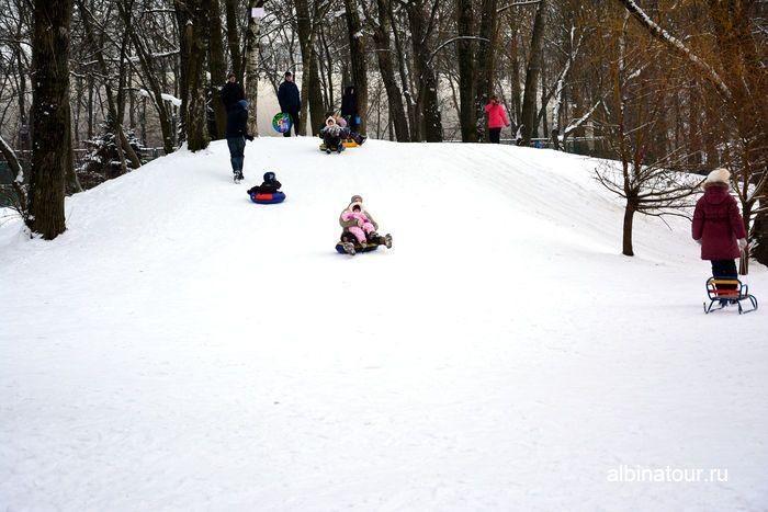 СПб Пример спуска для самых маленьких в парке Победы