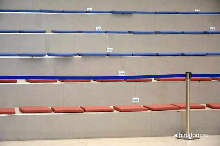 Лестница превращается в зрительный зал СПб