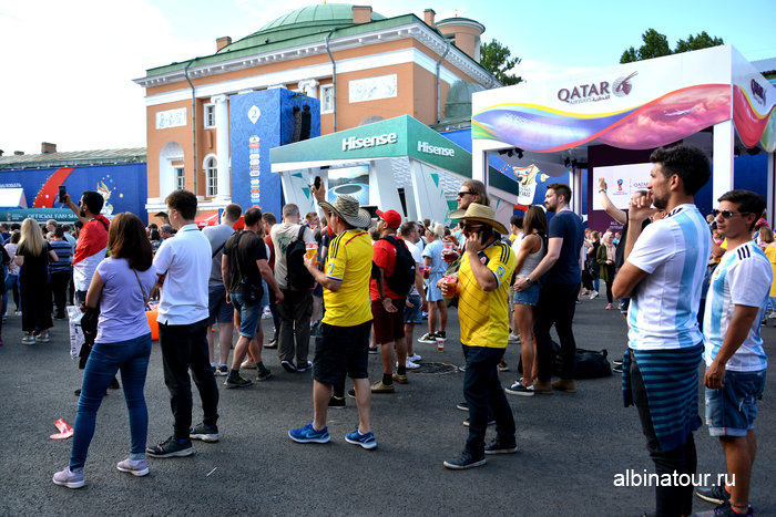Стенды спонсоров ЧМ 2018 в Санкт Петербурге