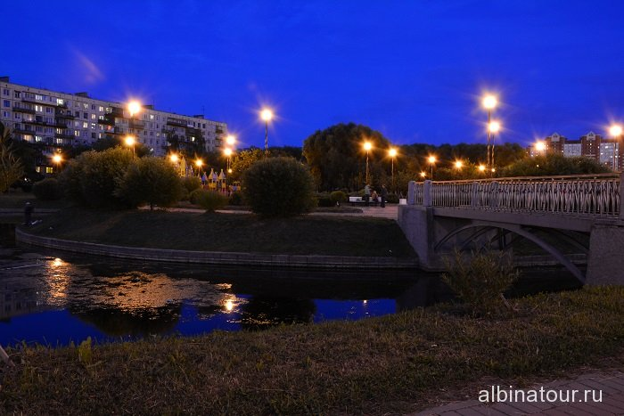 Петербург яблоневый сад вечером