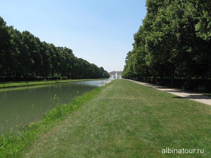 Германия парковая зона дворца Шляйсхайм Мюнхен