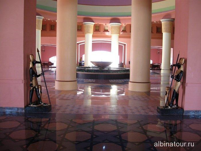 Египет   Таба   отель  Софитель один из входов в лобби