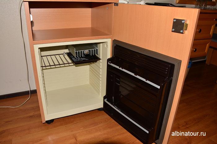 Финляндия Иматра холодильник в номере на втором этаже отеля Vuoksenhovi