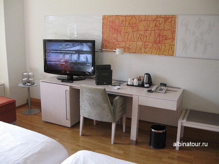 Финляндия Хельсинки отель Хилтон  номер телевизор