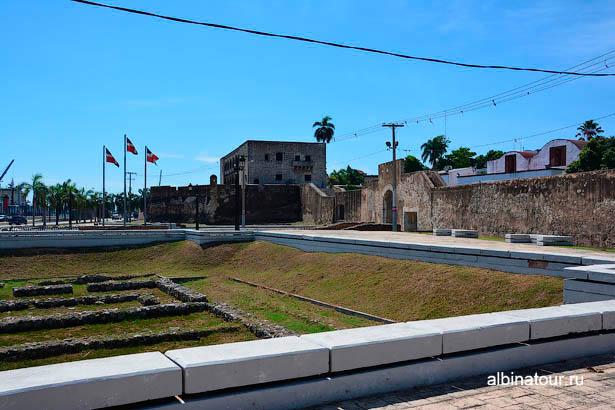 Санто-Доминго крепостная стена место рпскопок 2