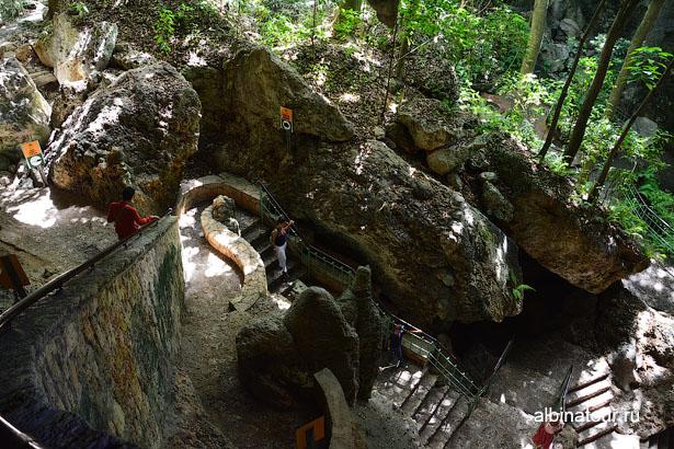 Доминикана Санто Доминго пещеры три глаза спуск
