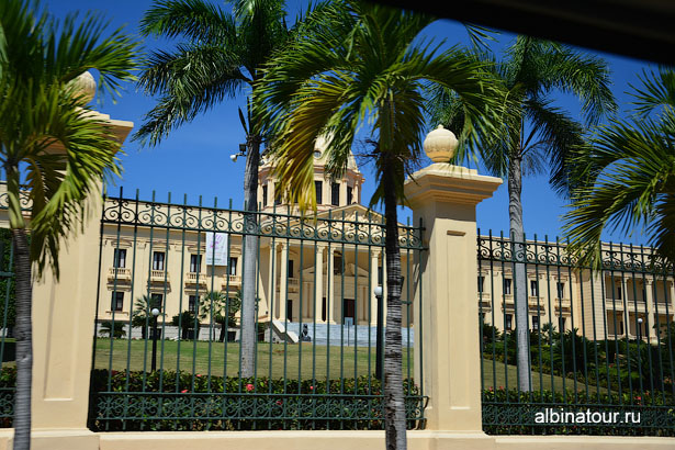 Доминикана Санто Доминго Президентский дворец