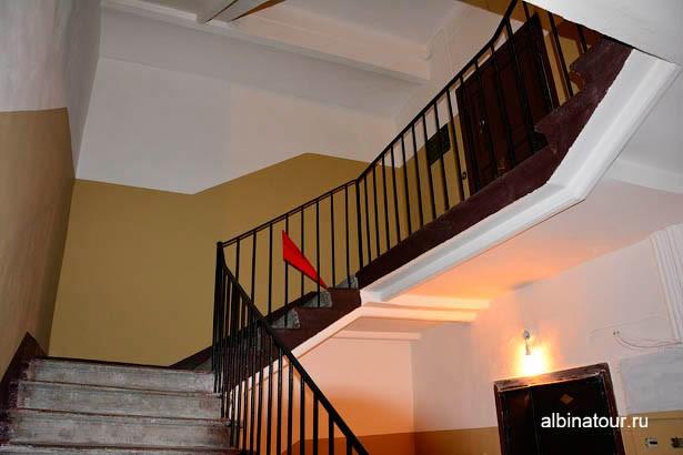 """Петербург Музей """"Разночинный Петербург"""" лестница на 3 этаж"""